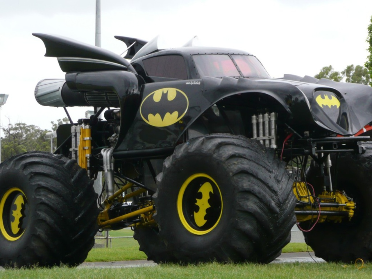 Batman Monster Truck Roadroll